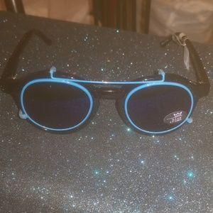 5c809172c40 Blue Crown Convertible Sunglasses w.case NEW